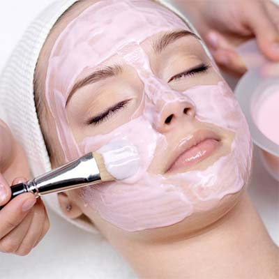 Facials in Los Angeles CA by Face of Jules 90038.